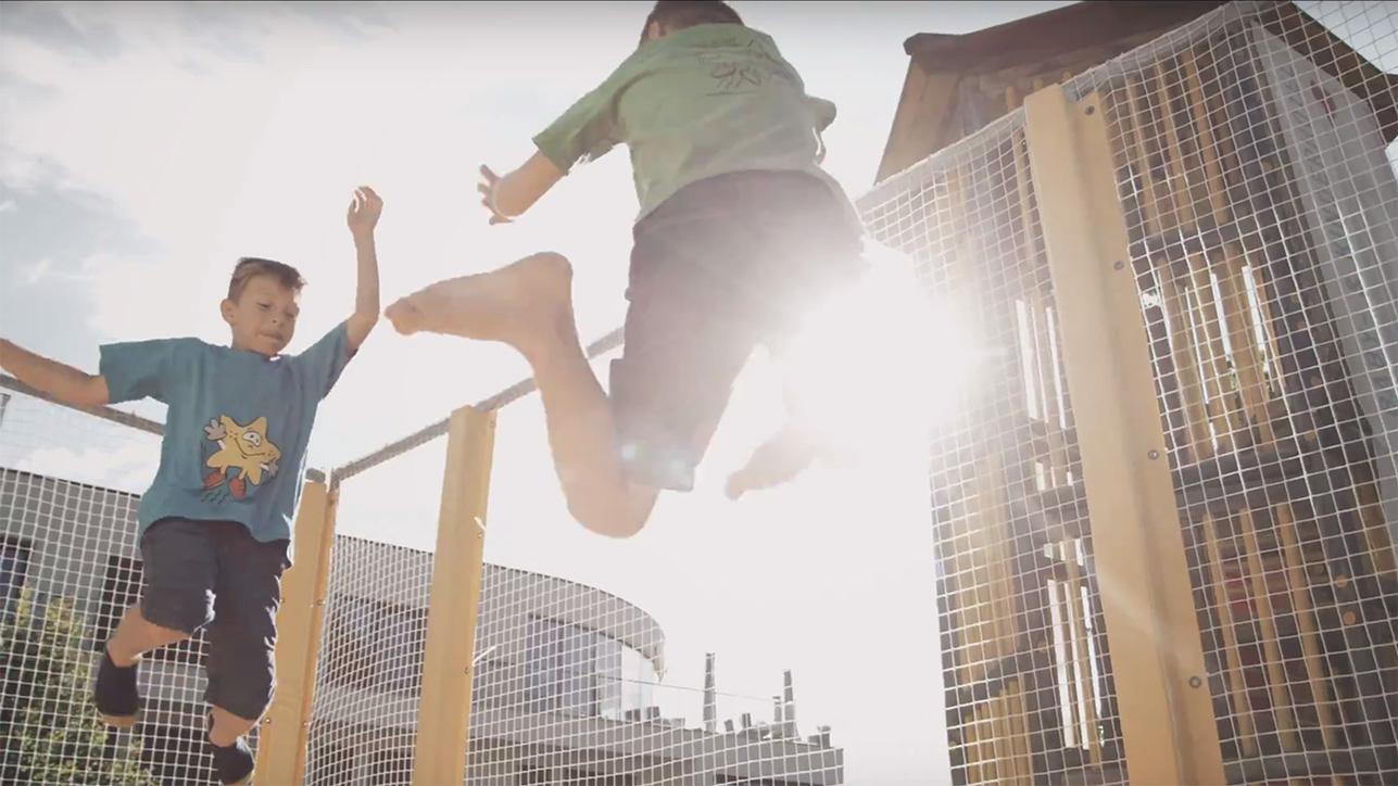 Trampolin Jump Fiss
